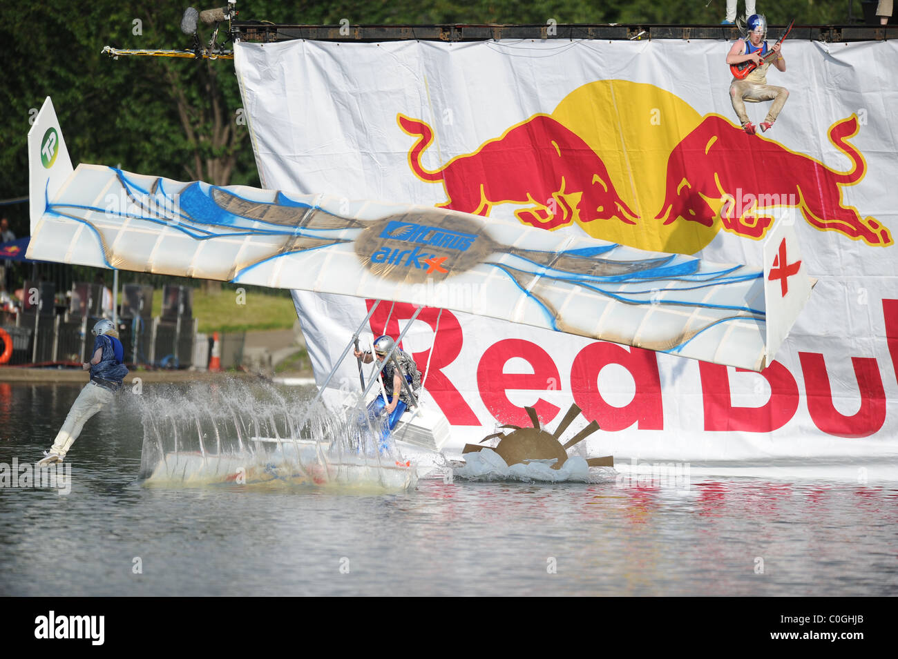 Icarus Airkix 2008 Red Bull Flugtag in Hyde Park London, England - 07.06.08 Alex Broadway/ - Stock Image