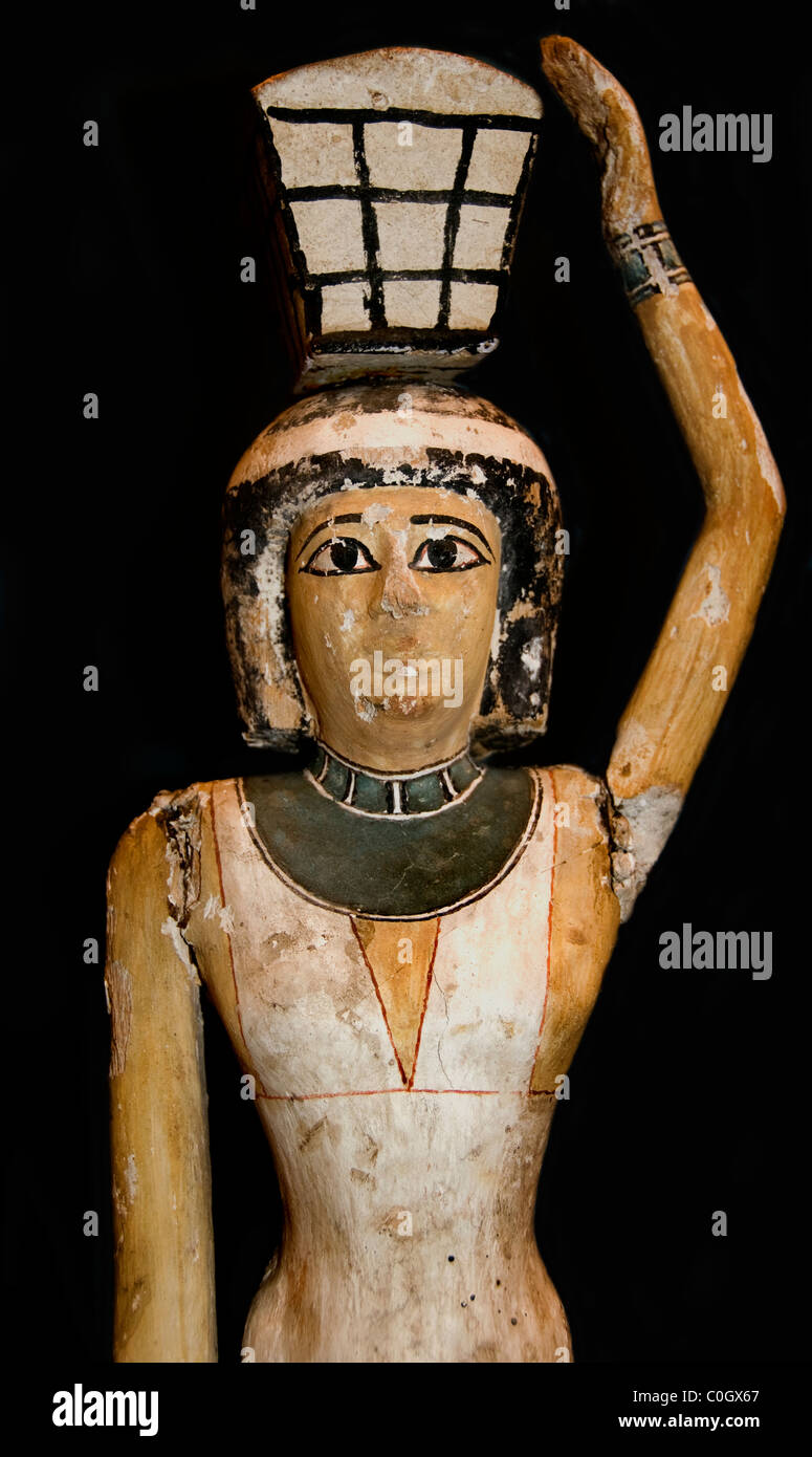 Painted statue female servant 12th Dynasty 1950 BC Egypt Egyptian museum - Stock Image