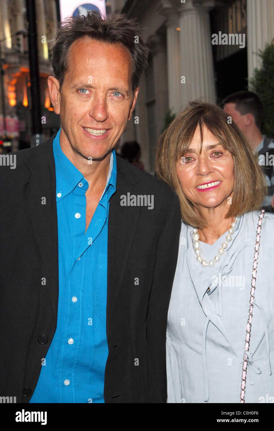 Joan Washington And Richard E Grant Stock Photos & Joan ...
