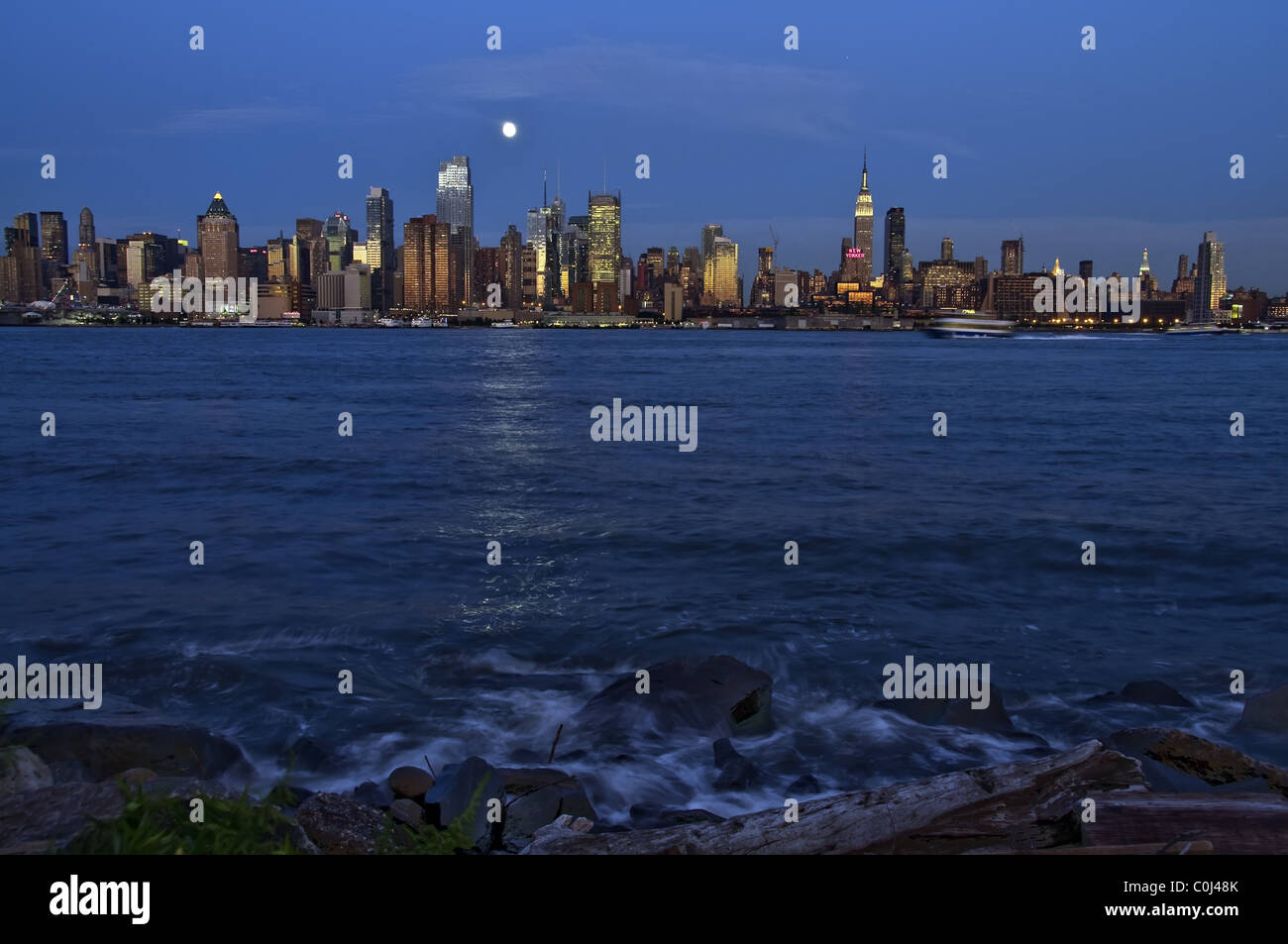 new york city over hudson river - Stock Image