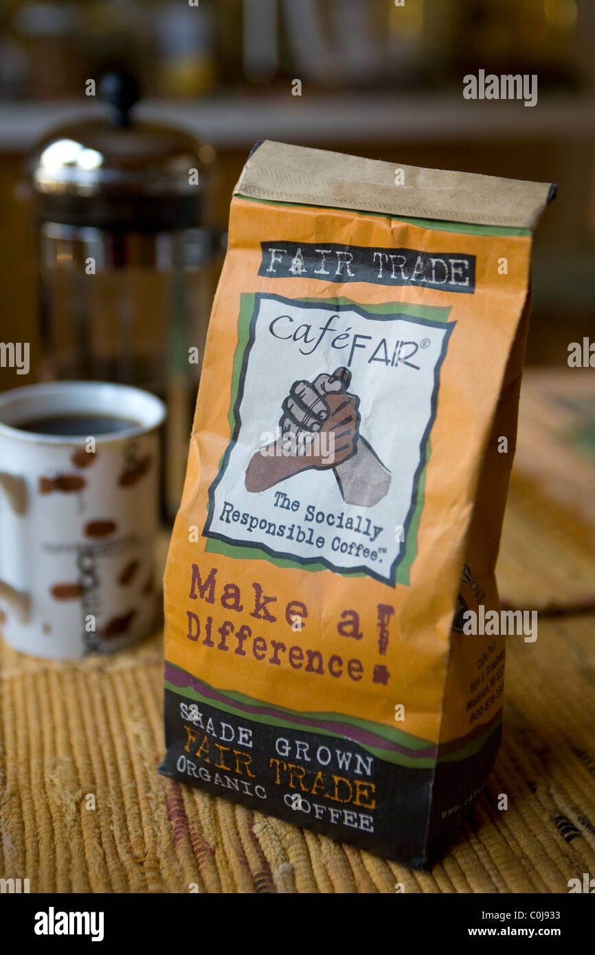 Coffee beans: Evolving consumer consciousness is reflected in the appearance of 'Fair Trade' products in - Stock Image