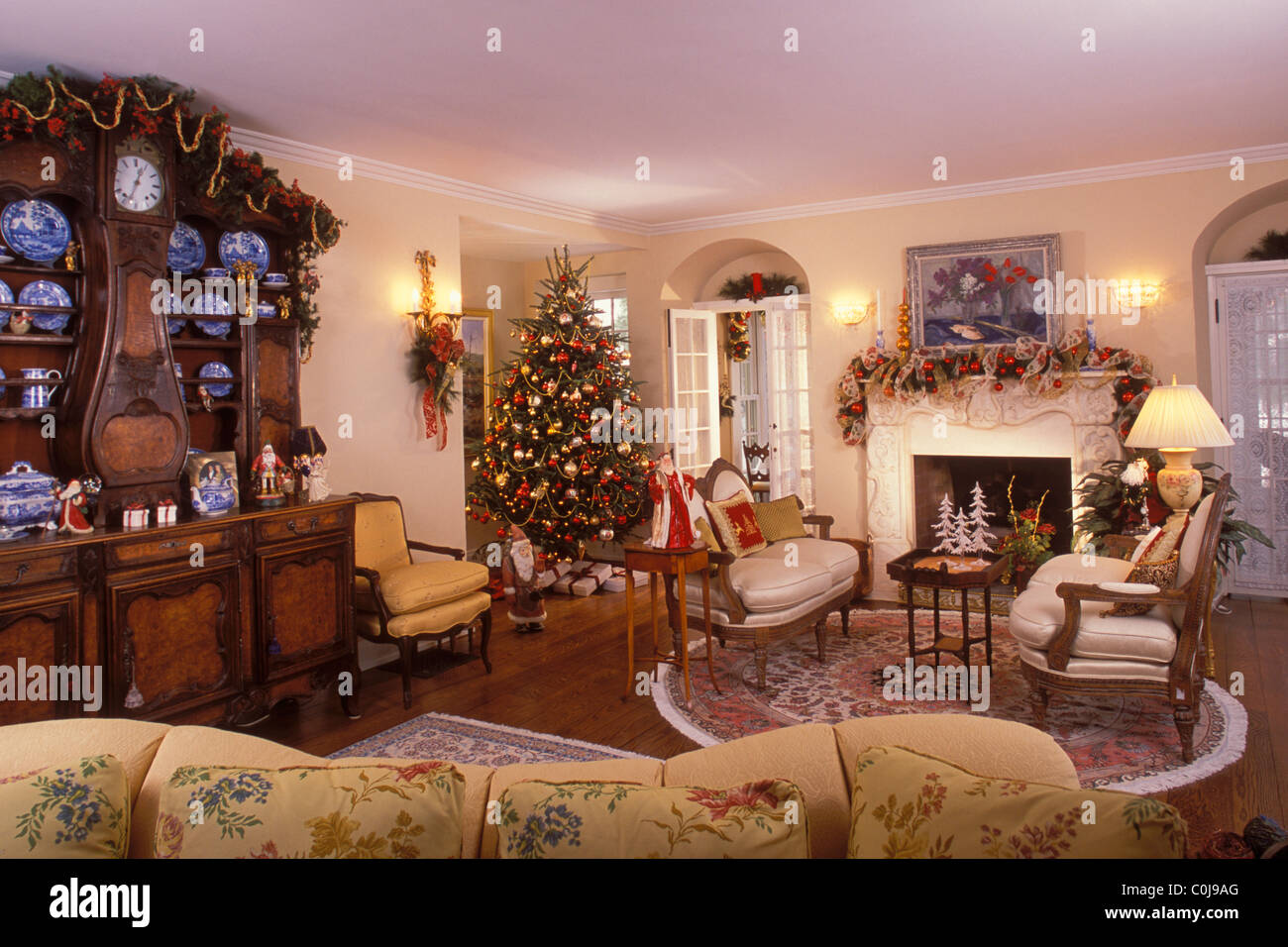 Living Room In Victorian Style Home Decorated For The Christmas Stock Photo Alamy