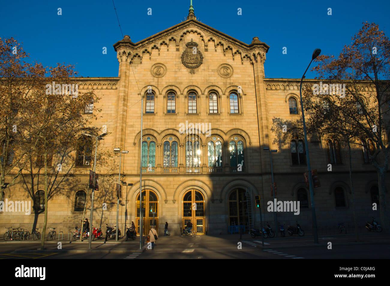 Universitat de Barcelona university building at Placa de la Universitat square central Barcelona Catalunya Spain - Stock Image