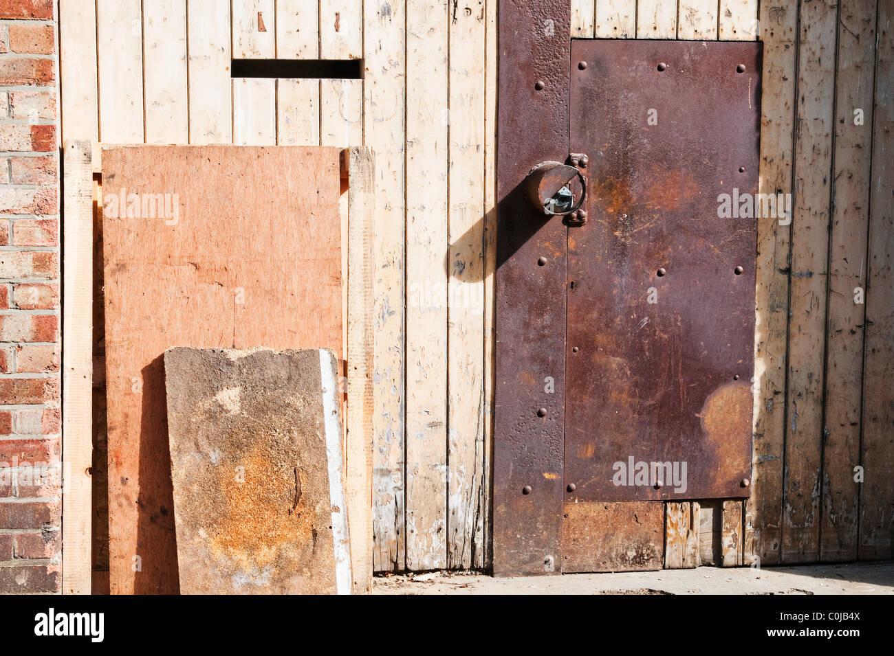 Old rusted metal door - Stock Image & Makeshift Front Door Stock Photos u0026 Makeshift Front Door Stock ...