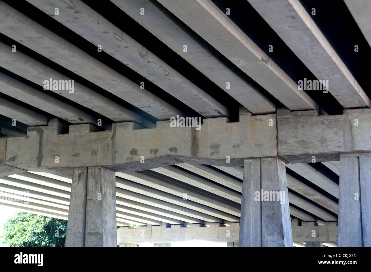 bridge engineery beams and concrete columns - Stock Image