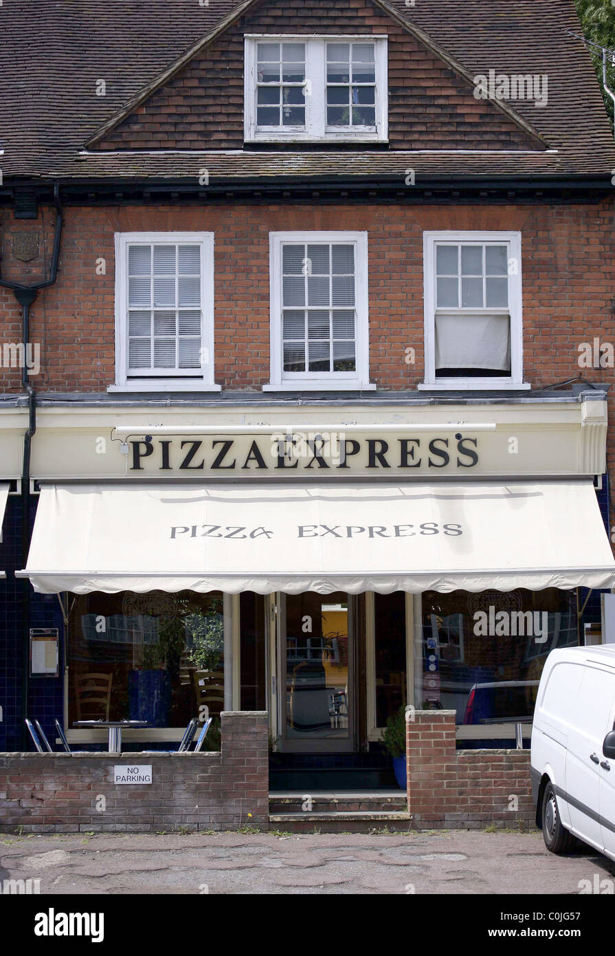 The Radlett Branch Of Pizza Express Where Members Of The
