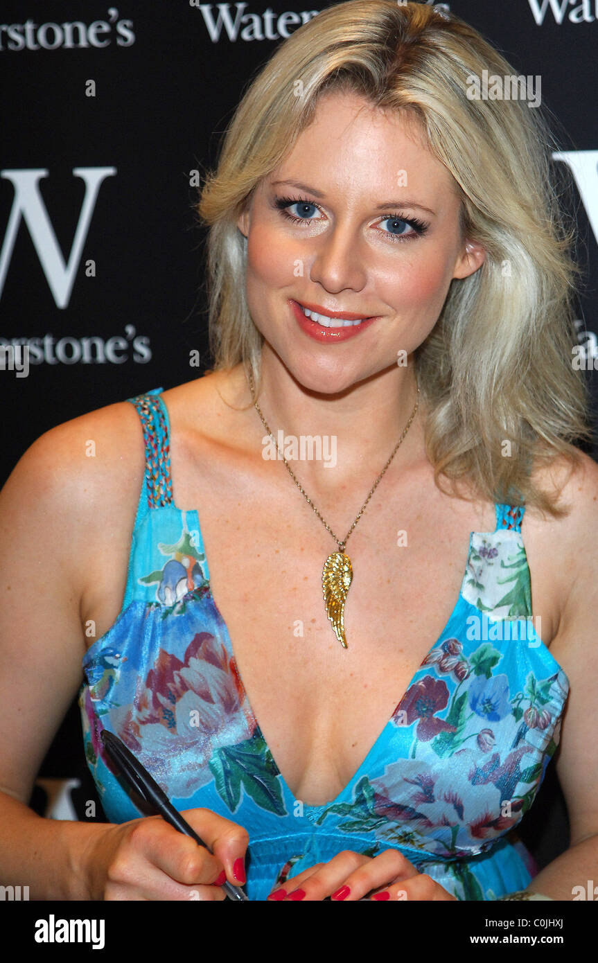 Leaked Abi Titmuss naked (17 photo), Tits, Is a cute, Instagram, underwear 2020