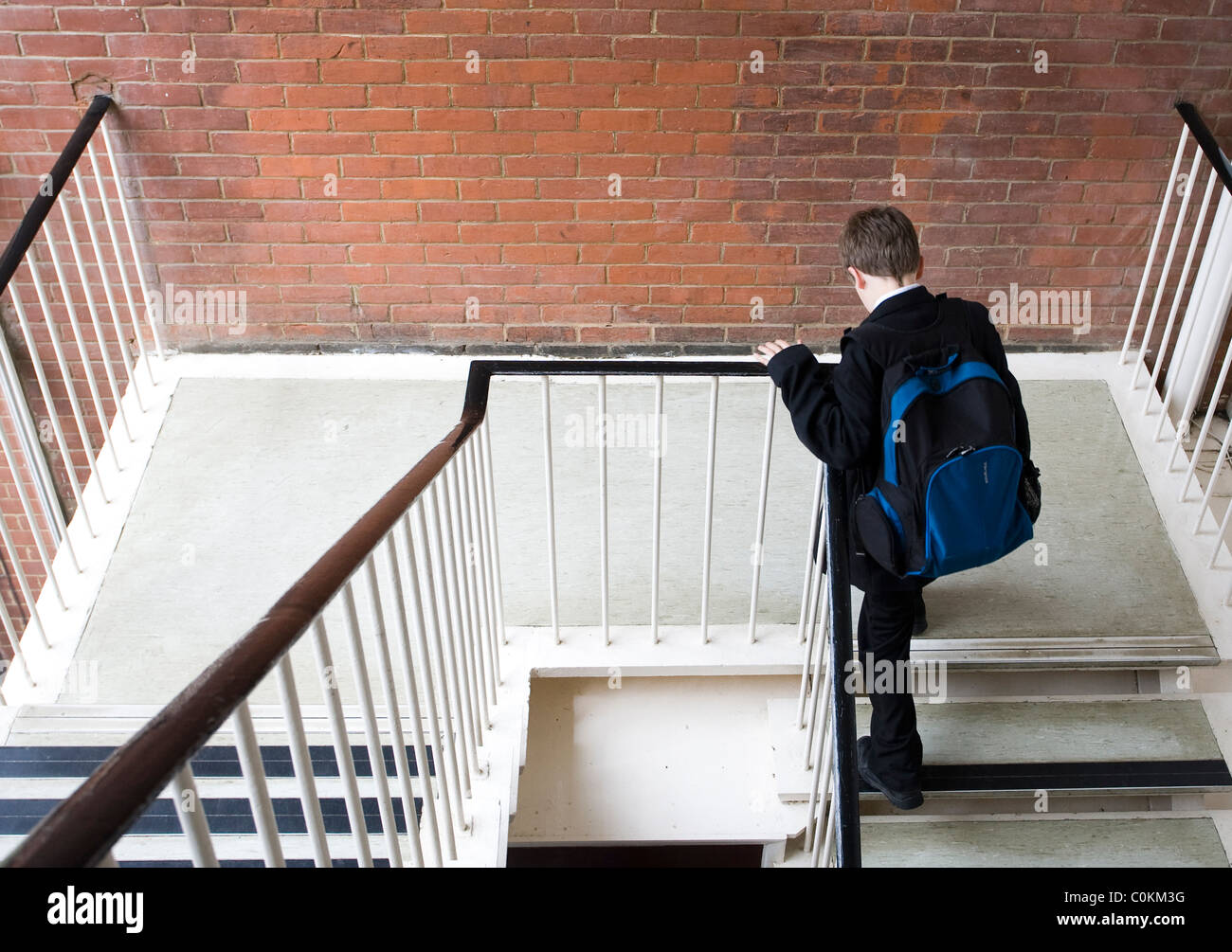 Pupils climb steps at Maidstone Grammar school in Maidstone, Kent, U.K. - Stock Image