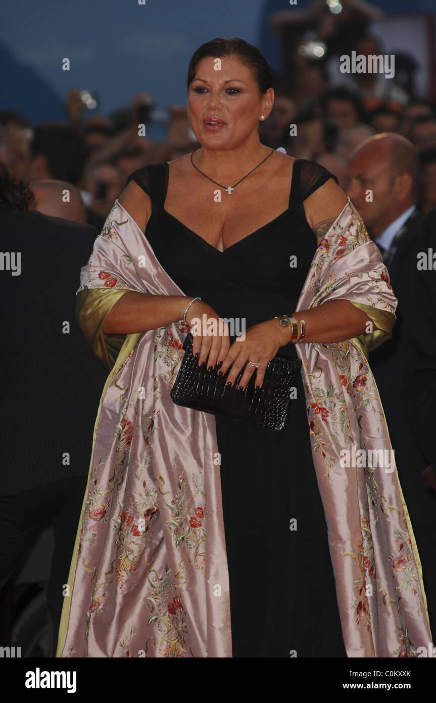 Hot Serena Grandi nude (37 photo), Tits, Cleavage, Feet, cameltoe 2020