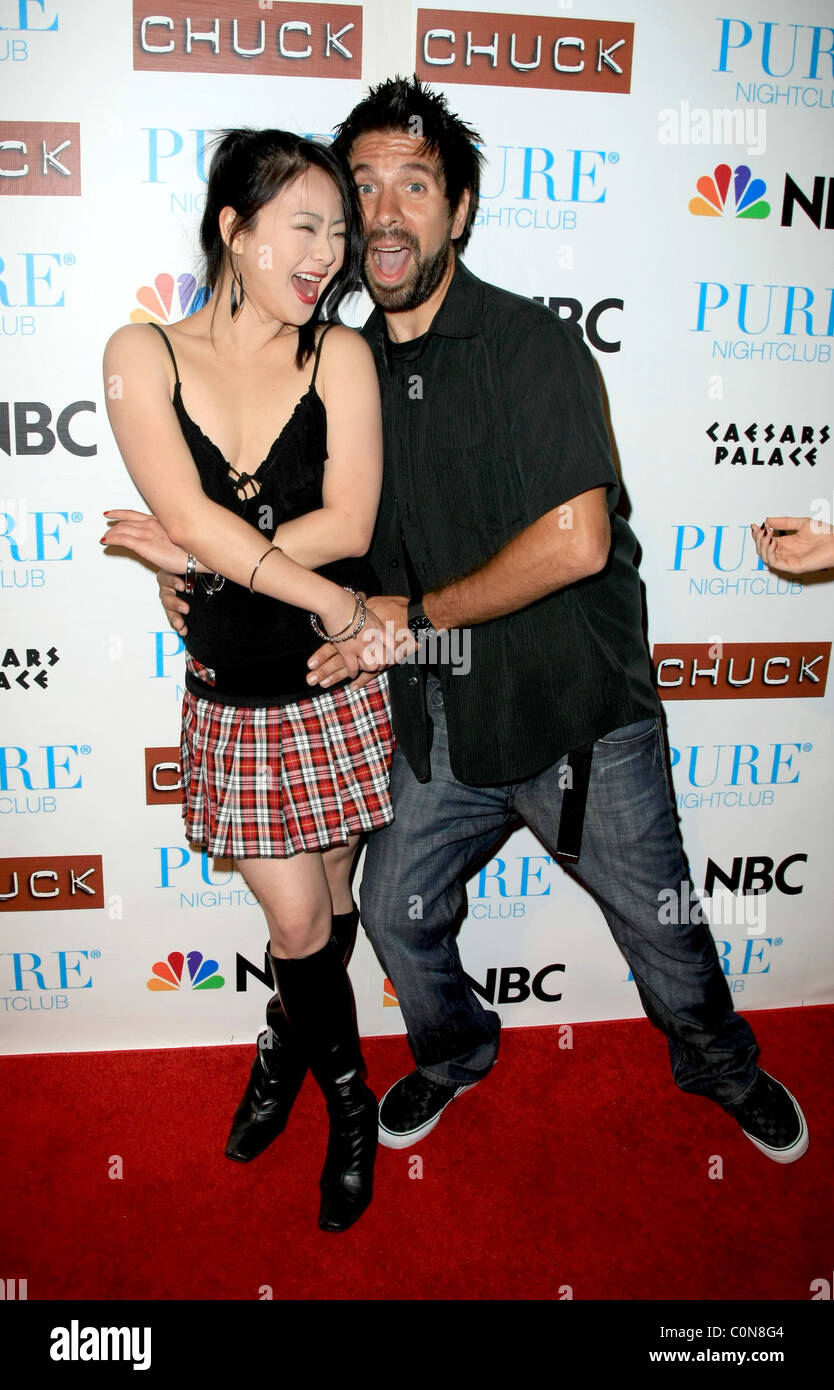 Joshua Gomez High Resolution Stock Photography And Images Alamy His birthday, what he did before fame, his family life, fun trivia facts, popularity rankings, and more. https www alamy com stock photo julia ling and joshua gomez pure nightclub invited the cast of chuck 34888452 html
