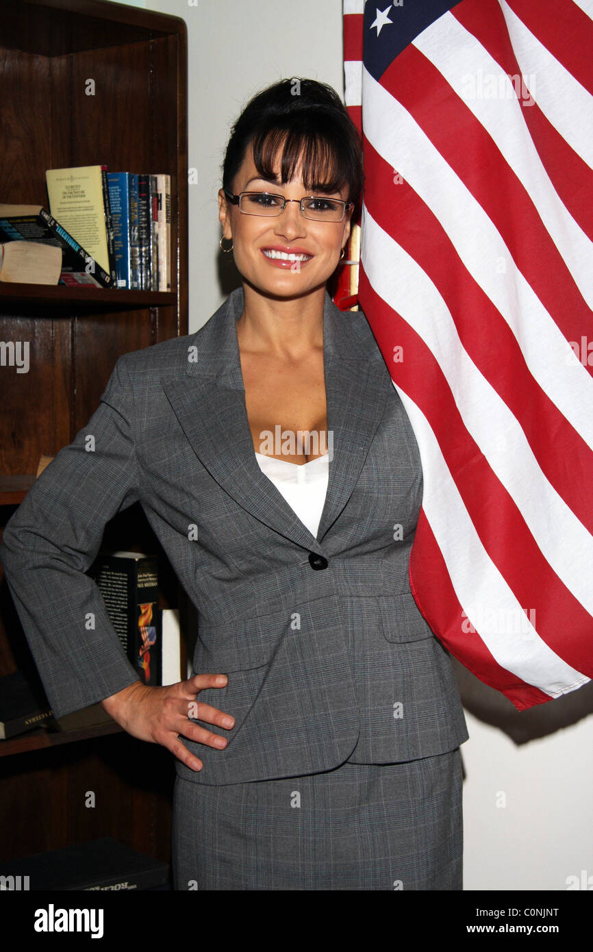 Lisa Ann as Serra Paylin, on the set for the first day of shooting the controversial adult movie 'Who's - Stock Image