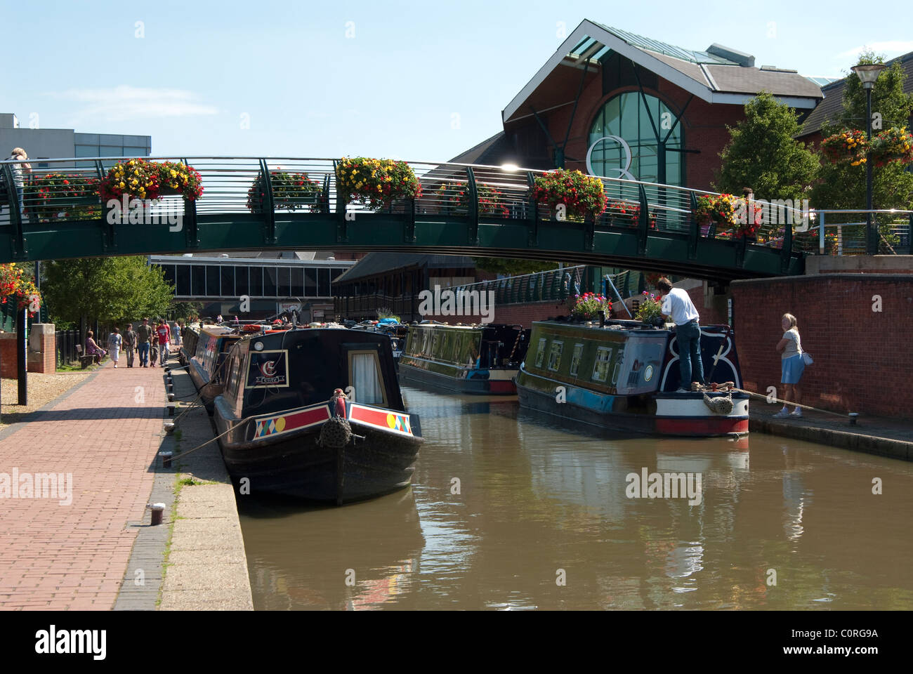 Oxford canal at Banbury Castle Quays shopping centre - Stock Image