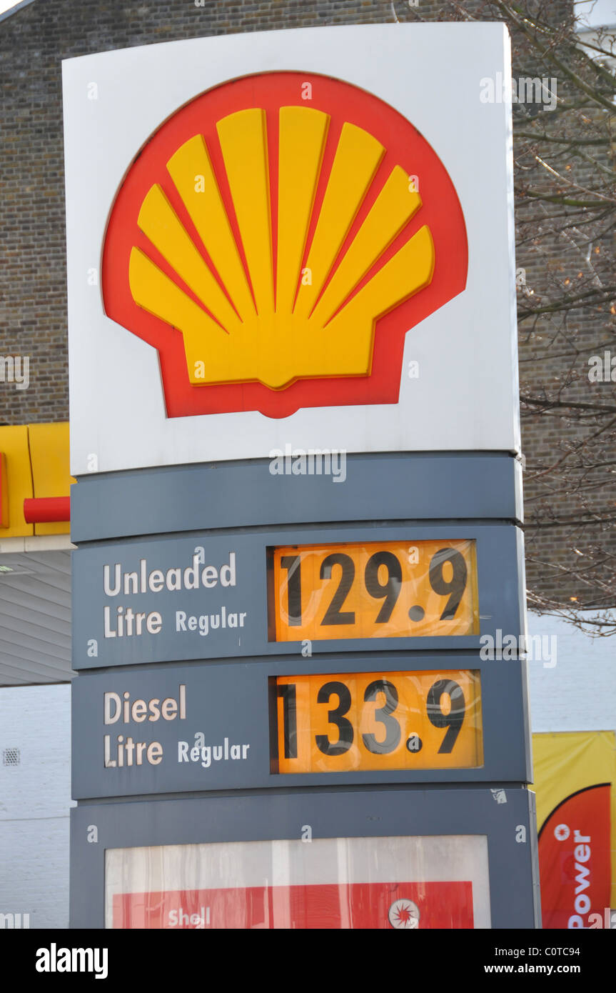 Gas Prices In California >> Shell Station Stock Photos & Shell Station Stock Images - Alamy