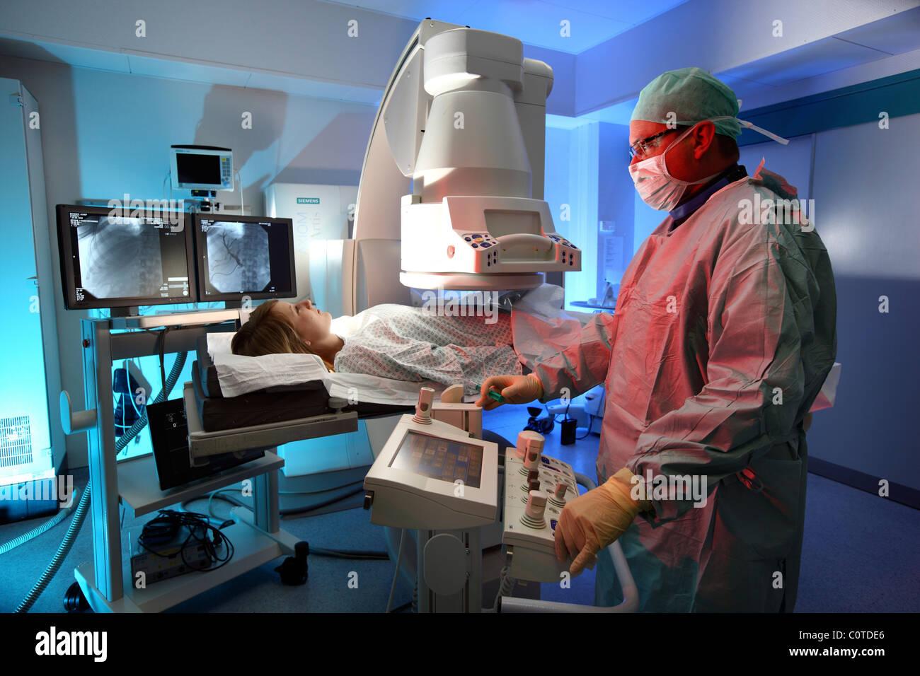 Hospital, diagnostic radiology. Angiography. - Stock Image