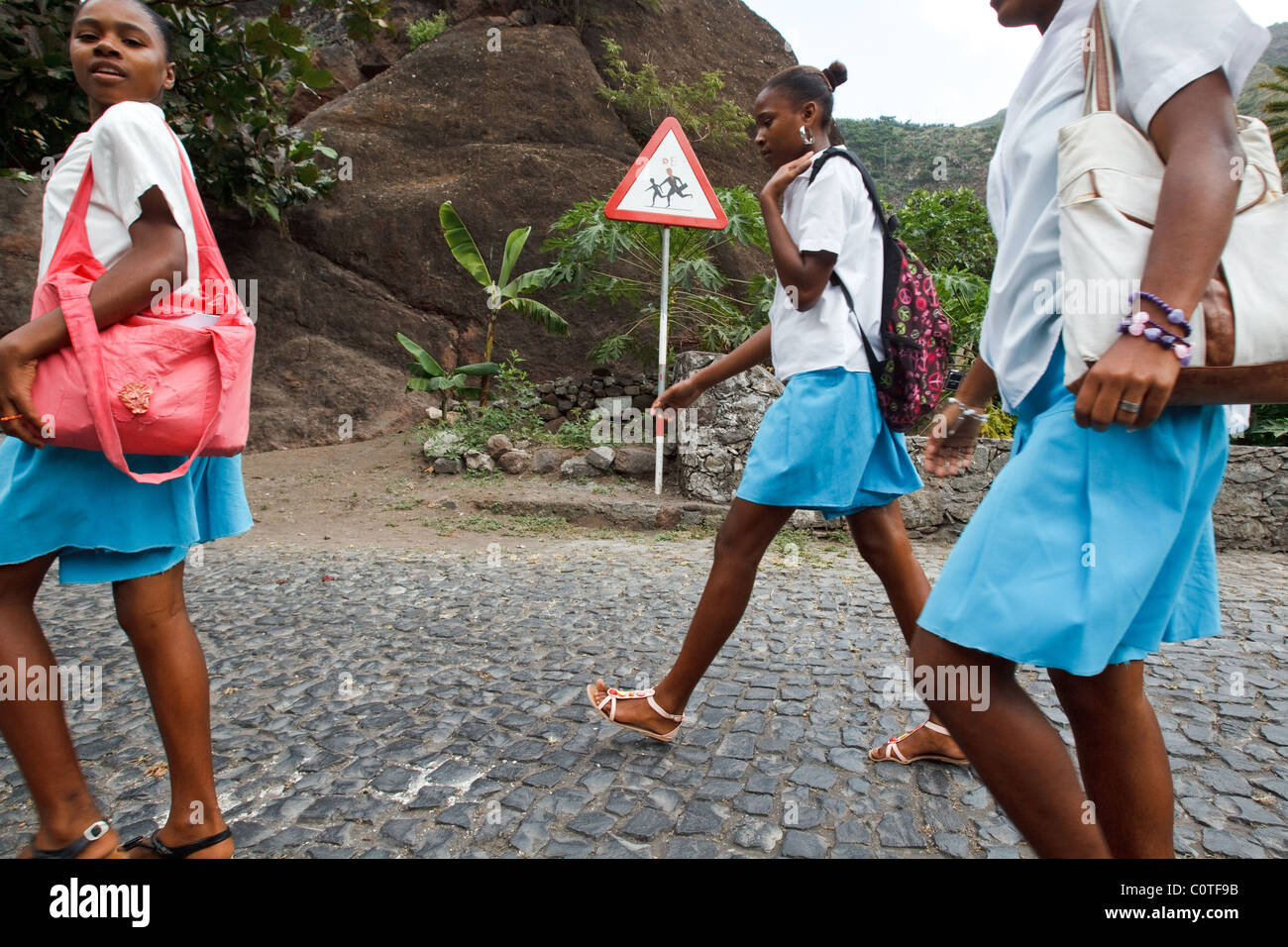 Children walk home from school near Paul, Santo Antao island, Cape Verde on Wednesday January 12, 2011. - Stock Image