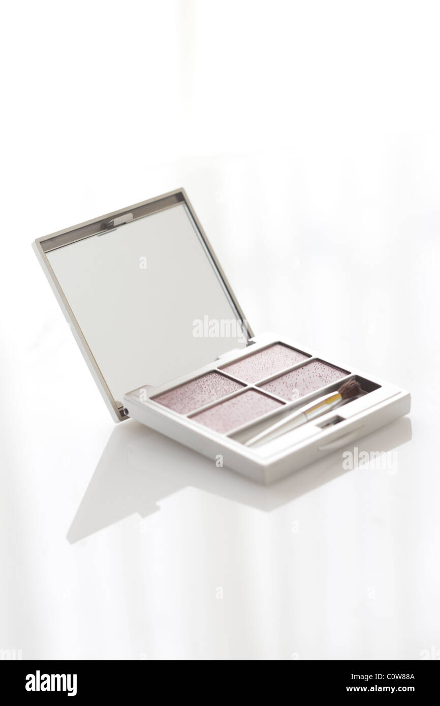 silver clean make up case with simple fresh light - Stock Image