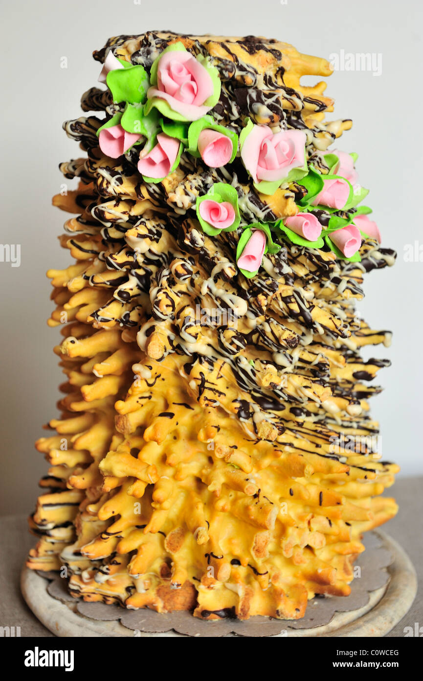 Broche Wedding Cake