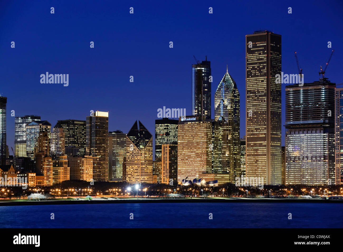 Downtown Chicago Skyline at dusk, Chicago, Illinois, USA - Stock Image