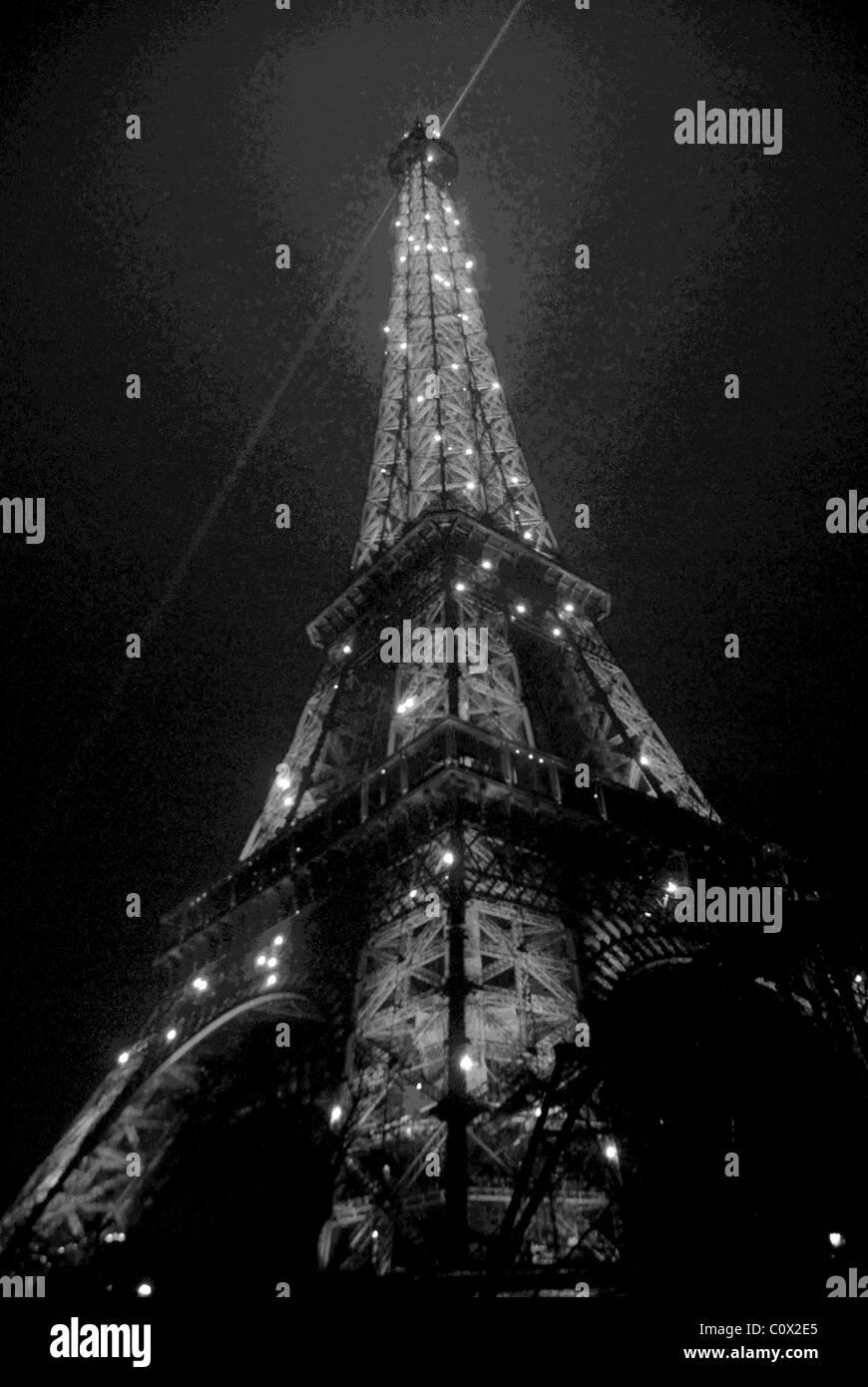 eiffel tower twinkling lights stock photos eiffel tower twinkling