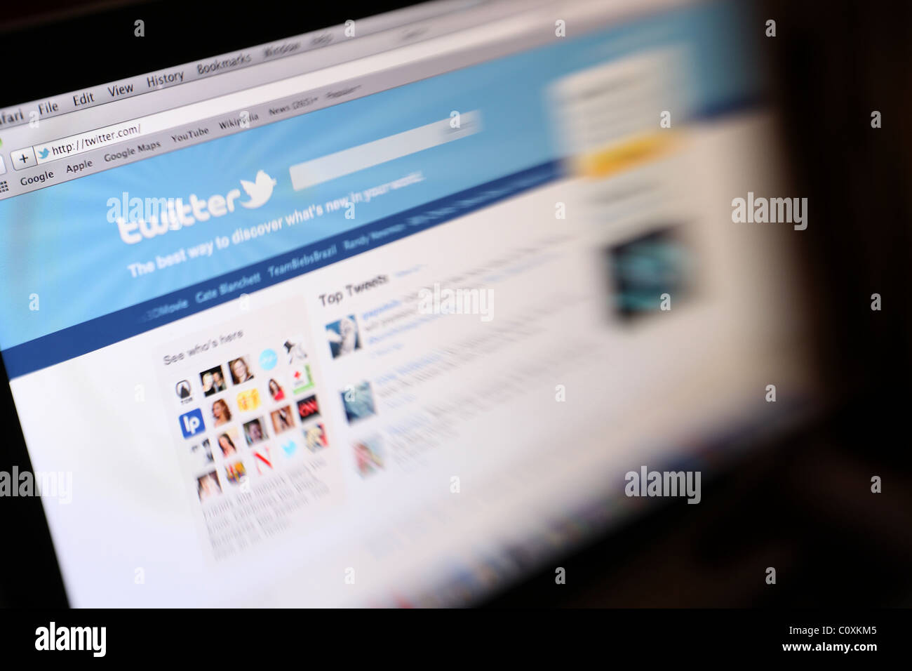 A screen shot showing the website Twitter - Stock Image