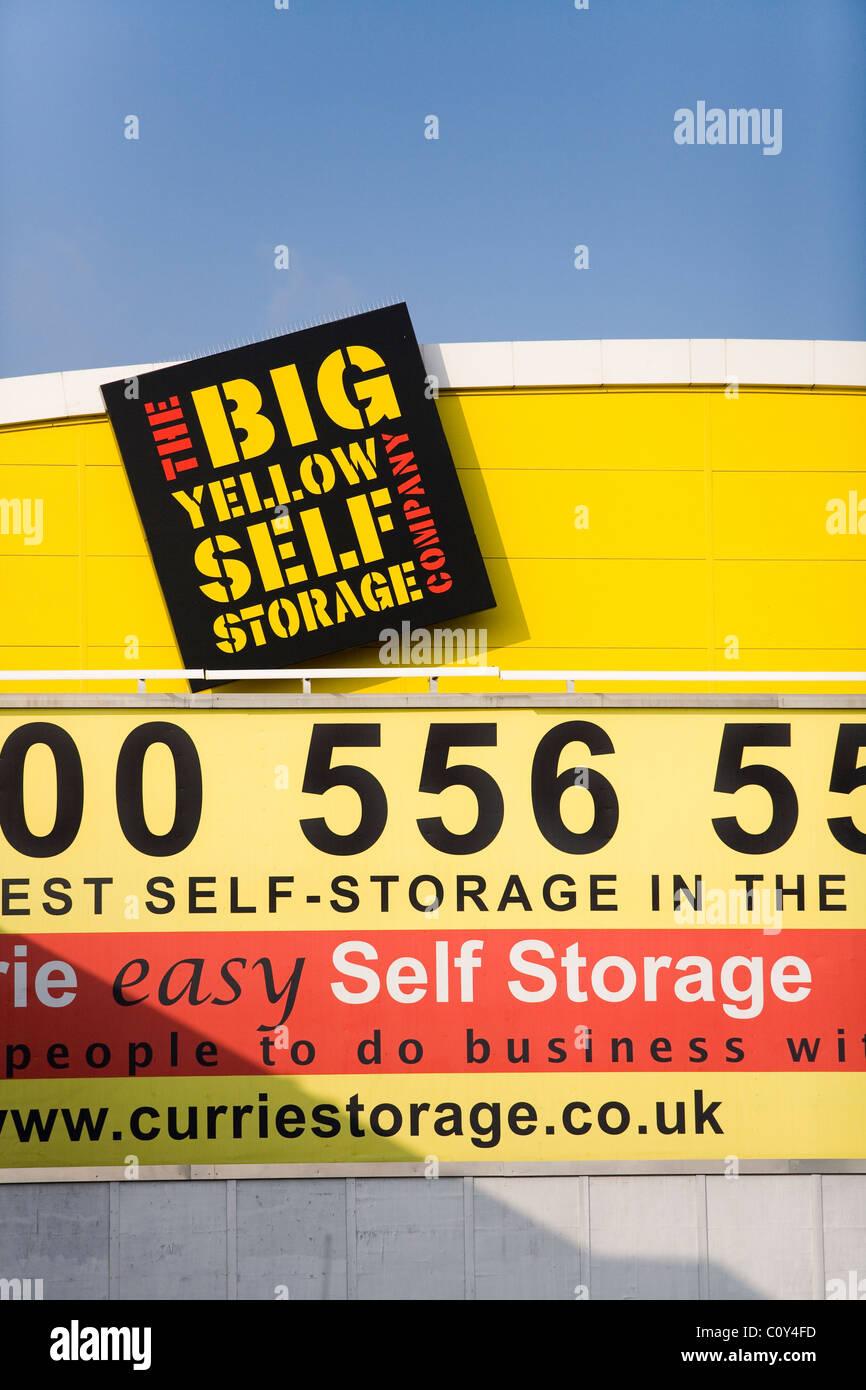 big yellow storage uk stock photos big yellow storage uk stock images alamy. Black Bedroom Furniture Sets. Home Design Ideas