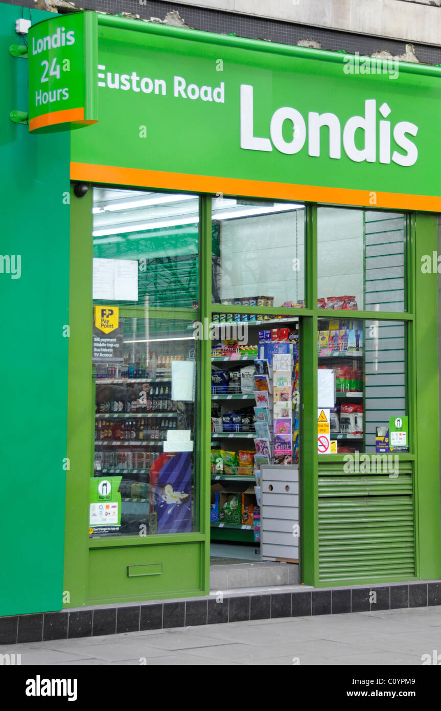 Londis shop in Euston Road London a chain of symbol group convenience store franchises selling groceries snack foods - Stock Image