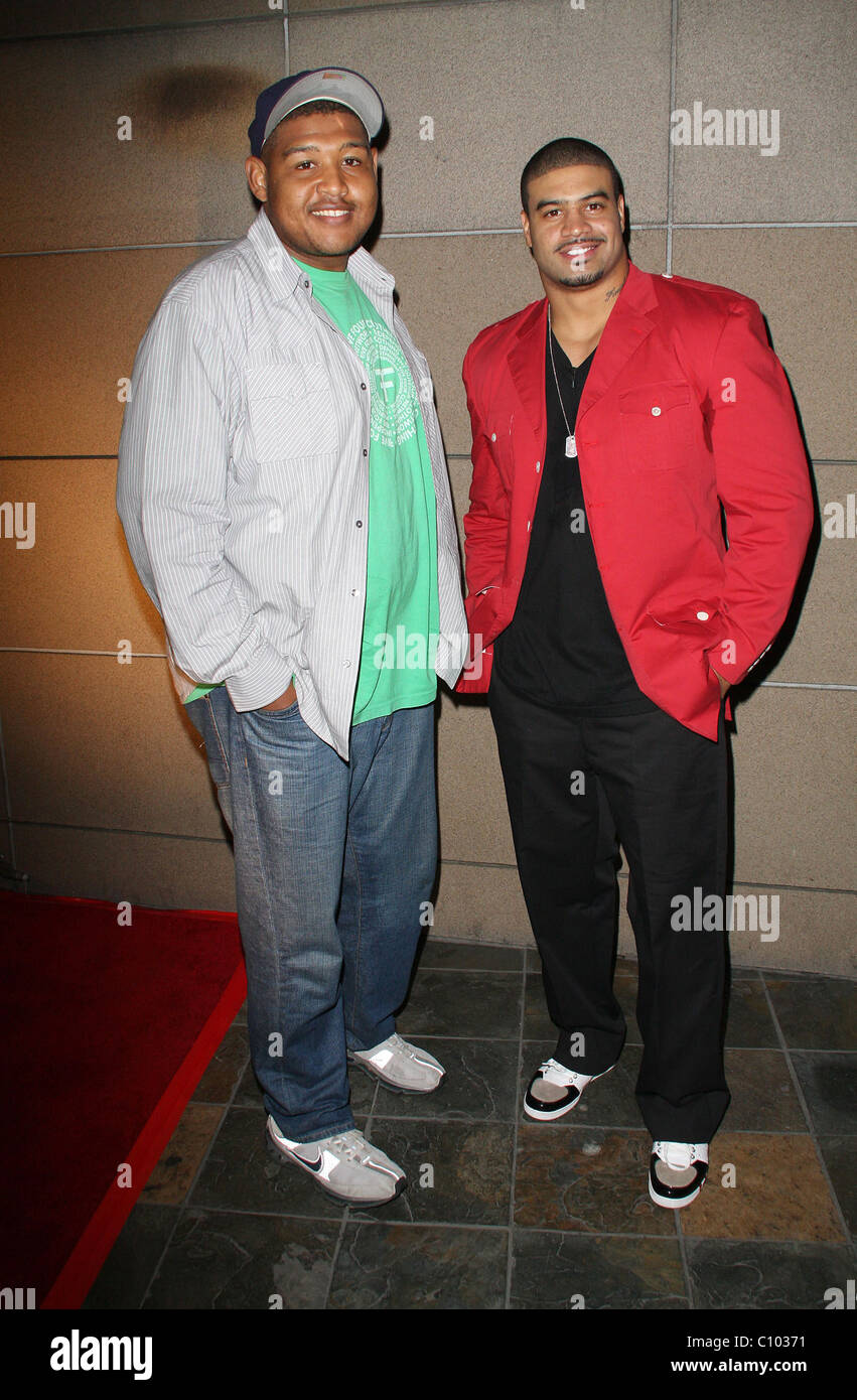 Omar Benson Miller and Shawne Merriman The 'Lights on Bowl' benefit held at Lucky Strike Lanes Hollywood Los Angeles, Stock Photo