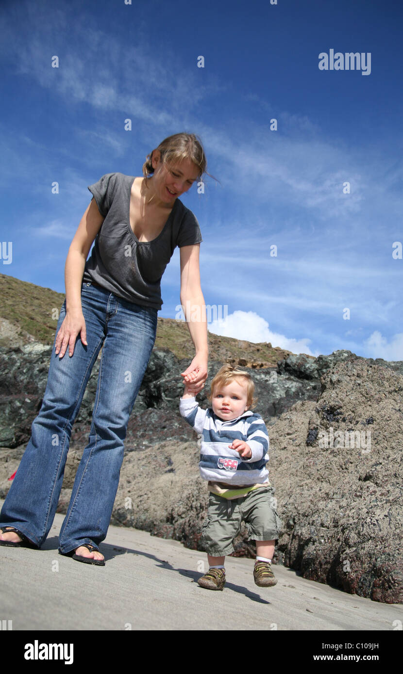 Mother and young child - Stock Image