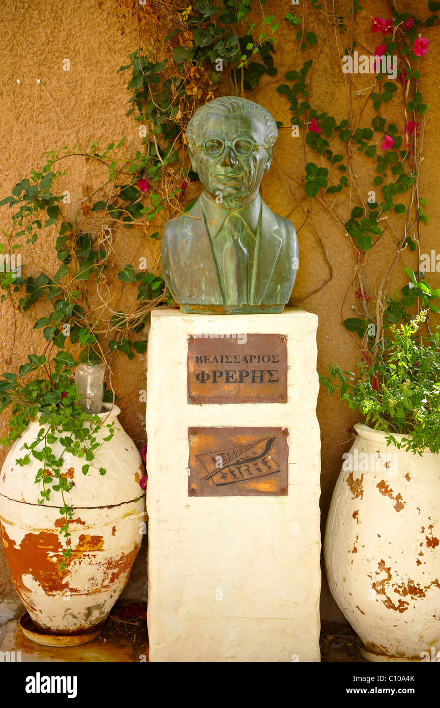 The bust of the writer Velissarios Freris, Ano Syros, Syros [ Σύρος ] , Greek Cyclades Islands - Stock Image