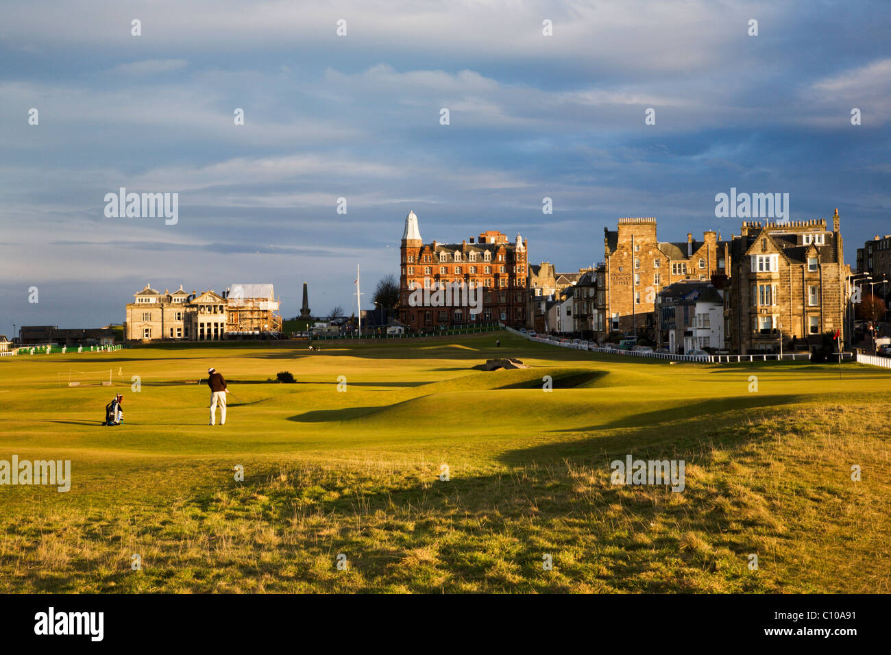 Golfer playing a putt on the Old Course 17th Hole St Andrews Fife Scotland - Stock Image