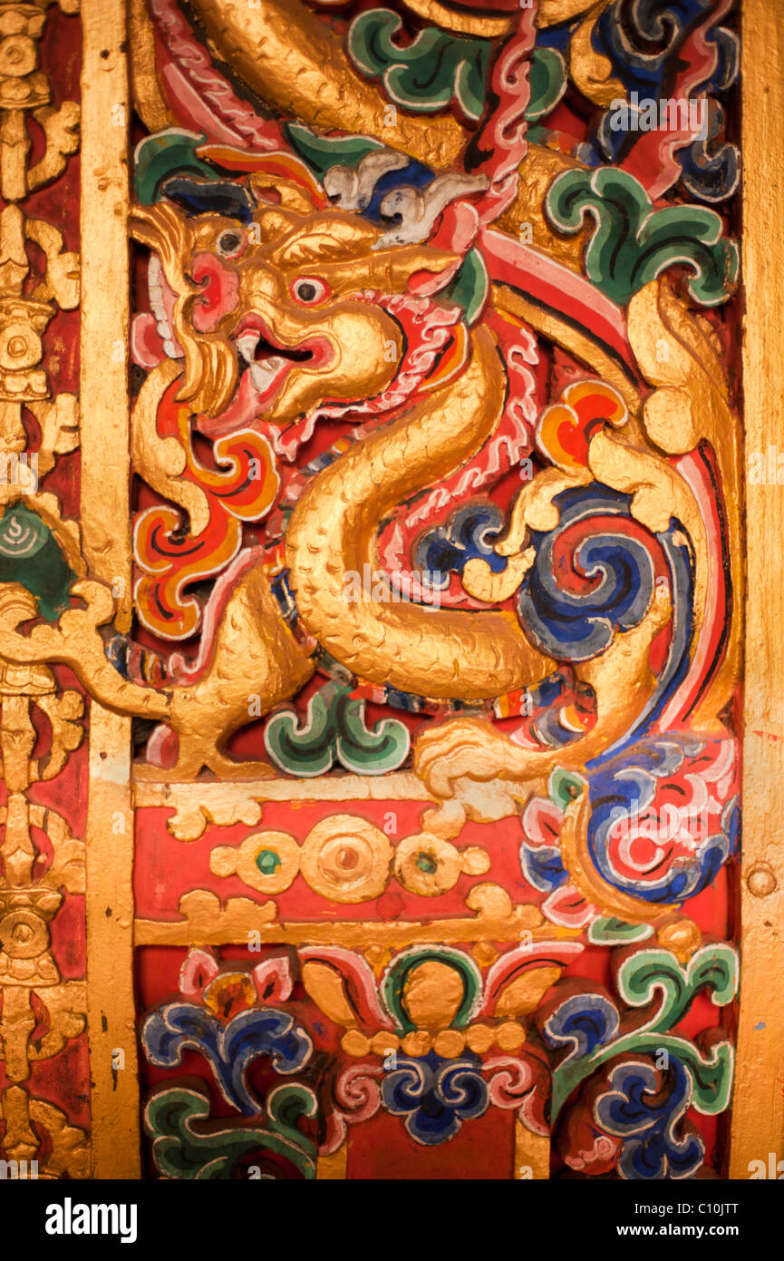 Bhutanese temple design and decoration depicting the Thunder Dragon, symbol of Bhutan - Stock Image