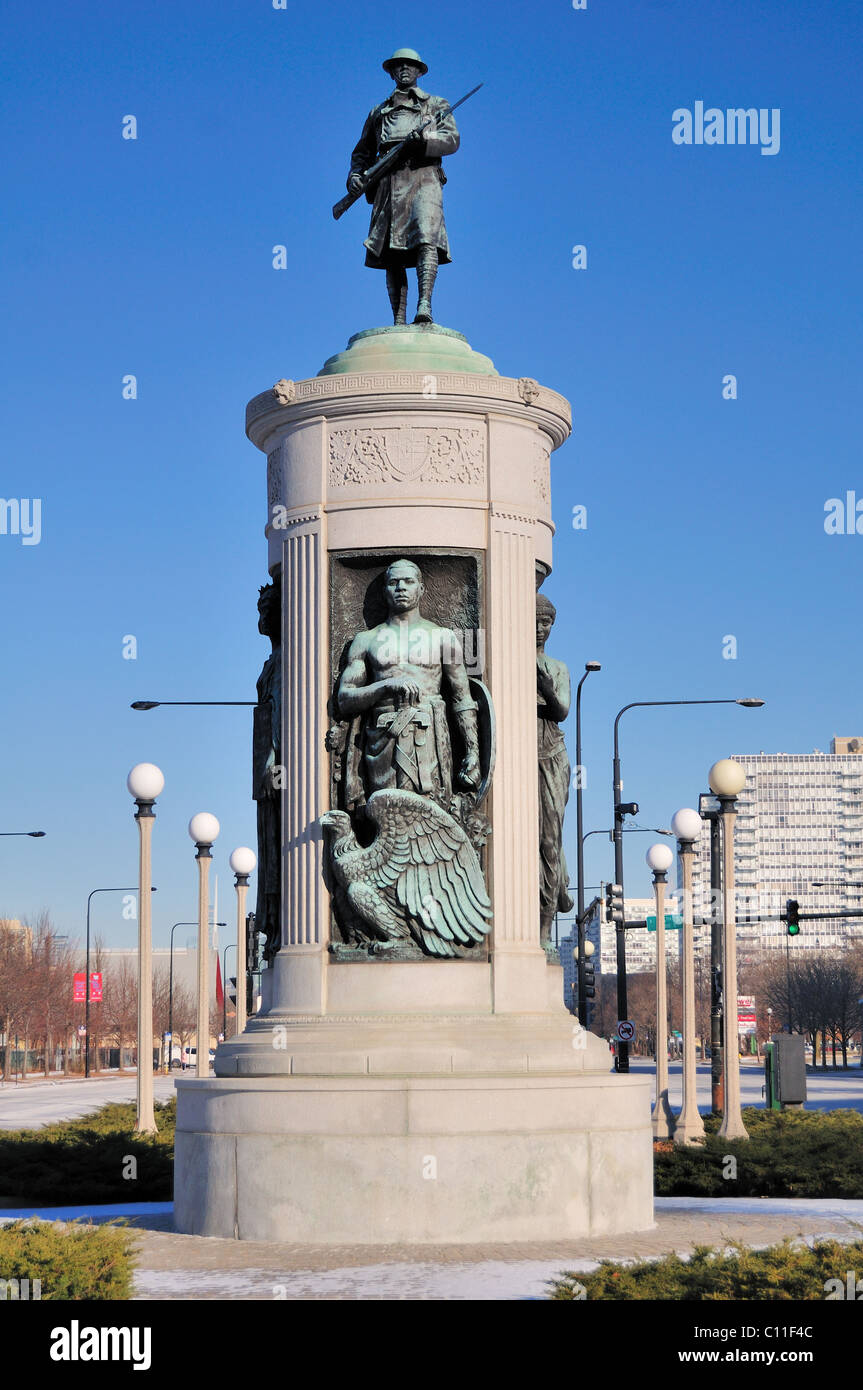 Victory Monument by sculptor Leonard Crunelle was built to honor the Eighth Regiment of the Illinois National Guard - Stock Image