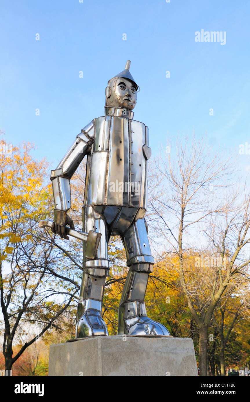 Chicago Illinois, USA. The statue of The Tin Man in Oz Park. - Stock Image