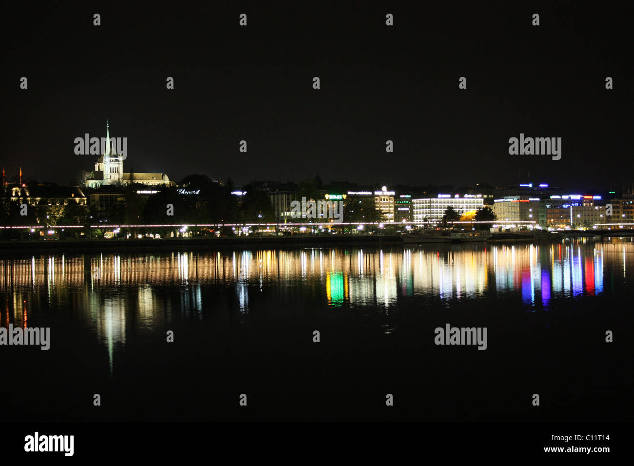Switzerland Geneva skyline by night - Stock Image