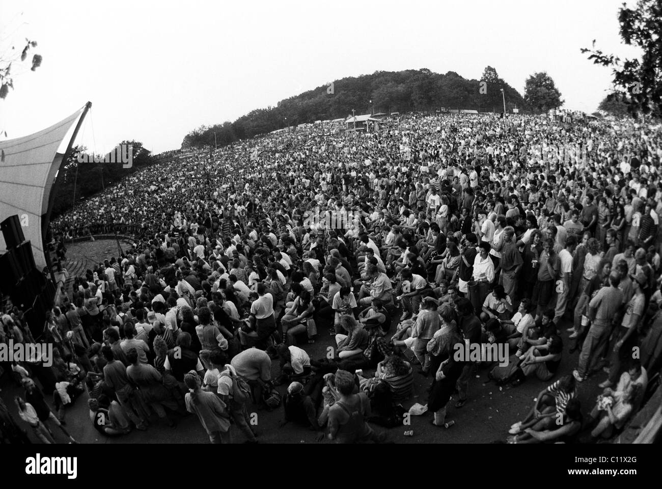 Concert of the rock group 'Simple Minds' on 01.09.1991 at the Loreley open-air stage, St. Goarshausen, Rhineland - Stock Image