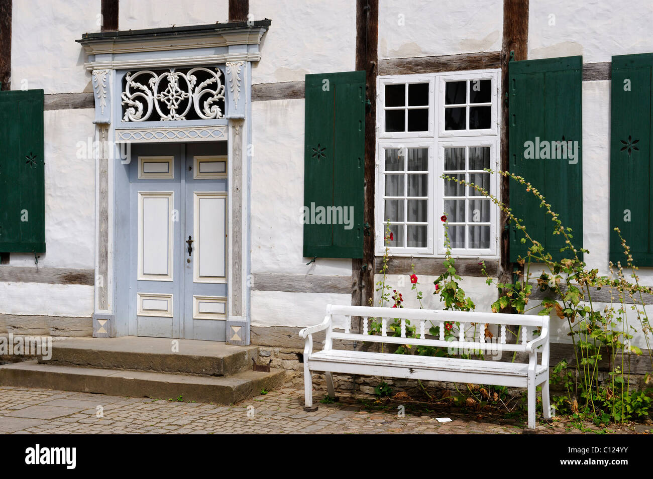 Schoenhof from Wiedenbrueck, built about 1720, open air museum Detmold, North Rhine-Westphalia, Germany, Europe - Stock Image