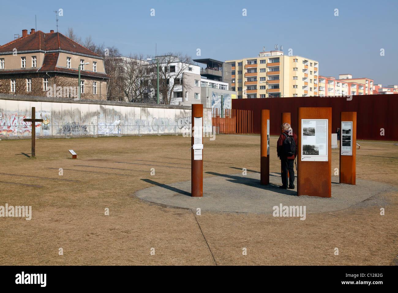 Information boards at Berlin Wall Memorial Visitor Centre, Berlin, Germany - Stock Image