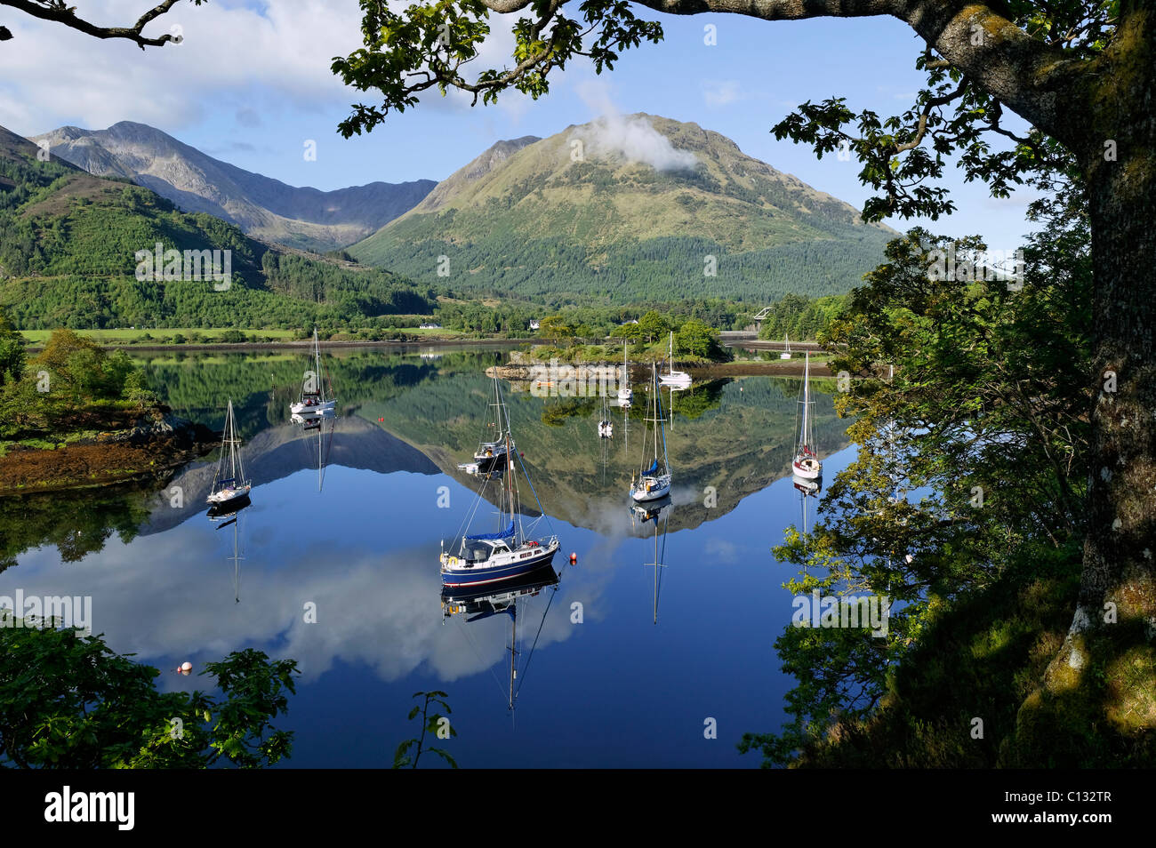 Bishops Bay, Loch Leven, near North Ballachulish, Lochaber, Highland, Scotland. View of yachts at anchor. - Stock Image