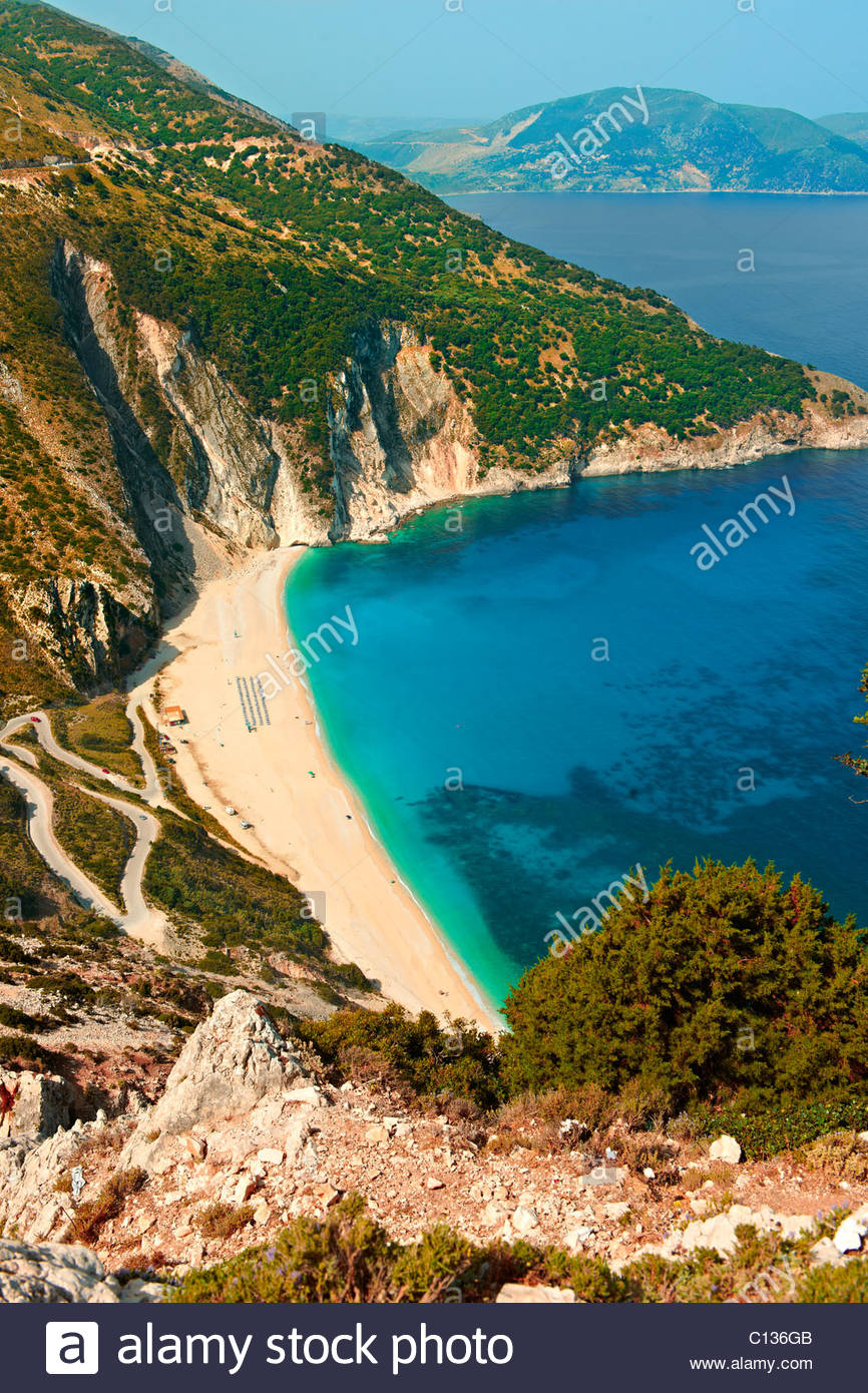 The famous Turquoise waters of Myrtos Beach (Παραλία Μύρτου), Kefalonia, Greek Ionian Islands - Stock Image