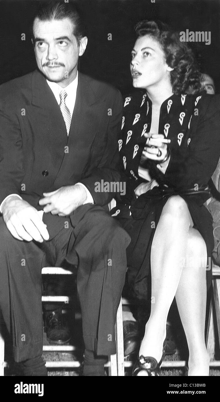 HOWARD HUGHES with date AVA GARDNER, late 1940s Stock Photo