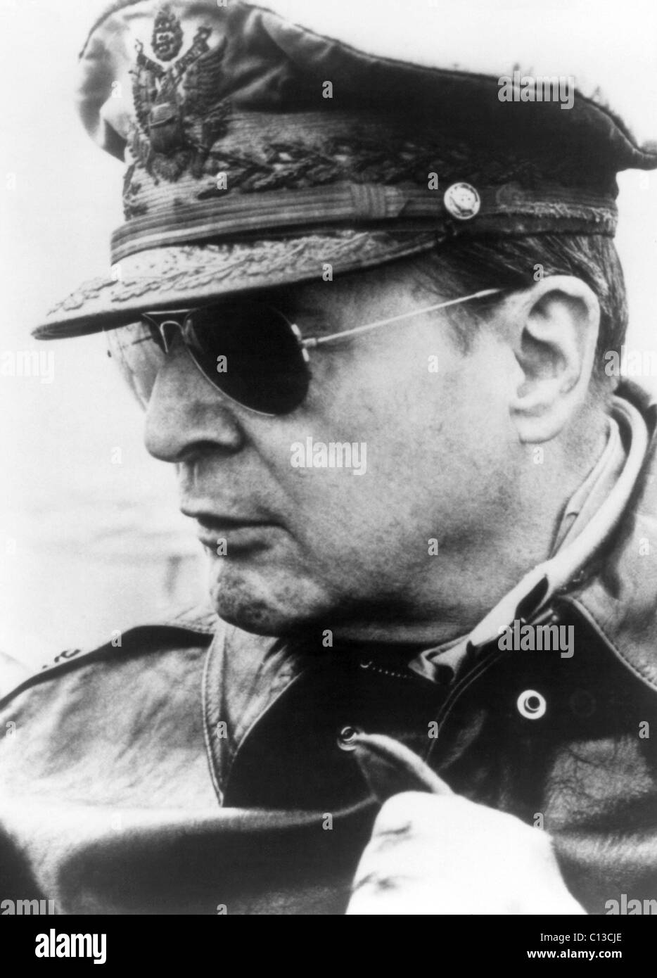 AMERICAN CAESAR, Douglas MacArthur in the 1940s, 1983. ©Cineworld/courtesy Everett Collection - Stock Image
