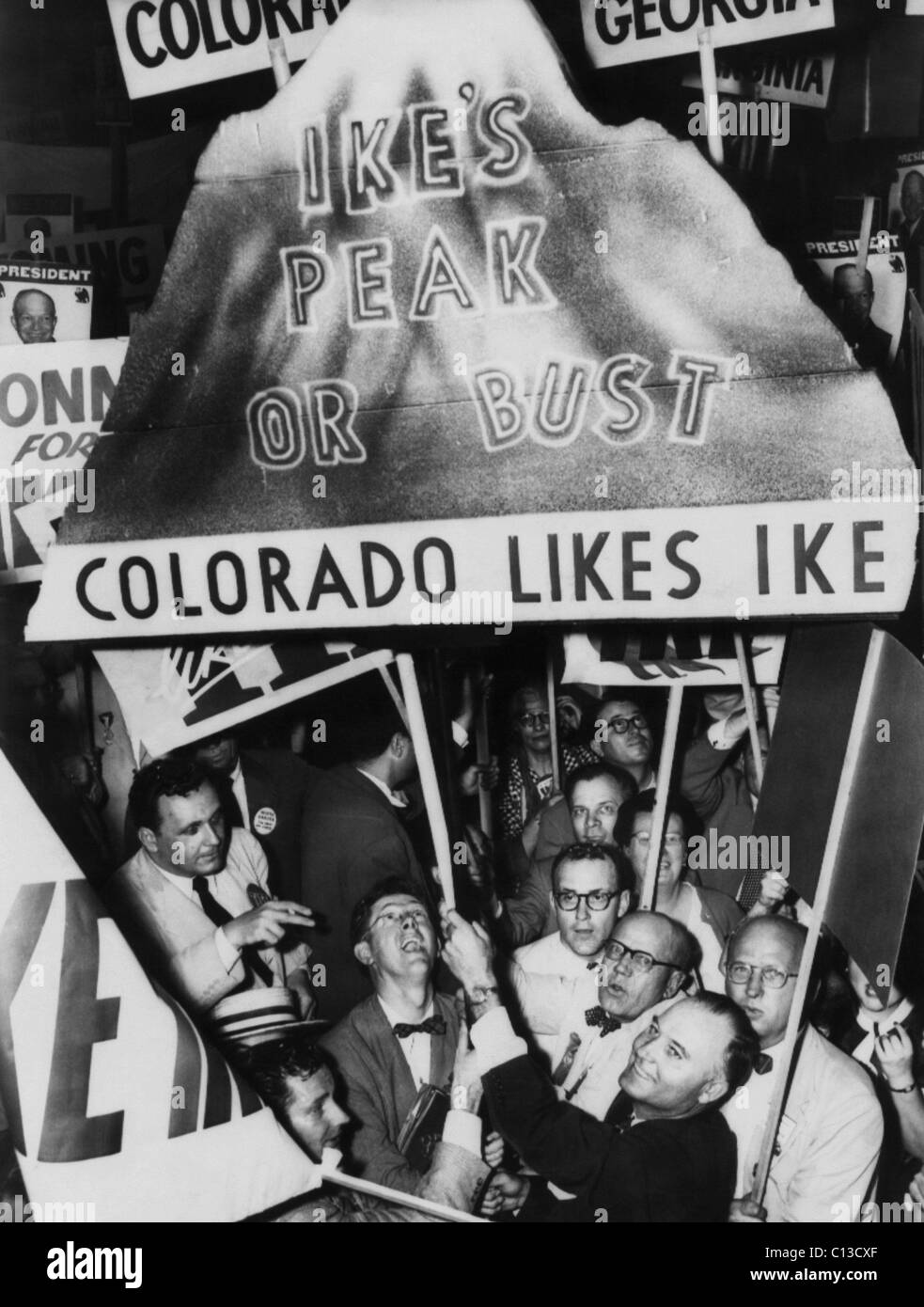 US Elections. Colorado supporters of former US General (and future US President) Dwight Eisenhower on the floor - Stock Image