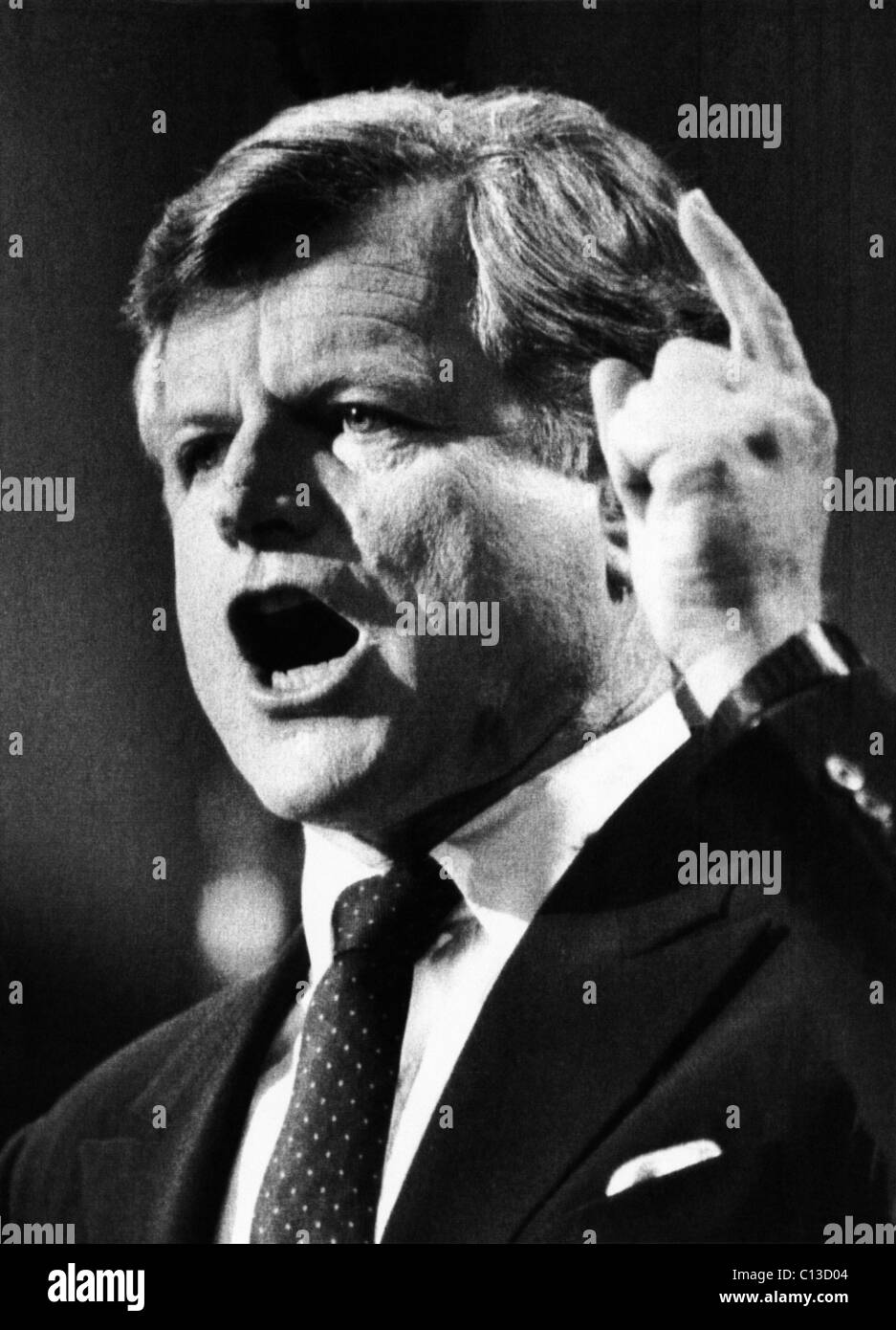 US Elections. US Senator Edward Kennedy introducing presidential candidate Walter Mondale at the Democratic National Stock Photo