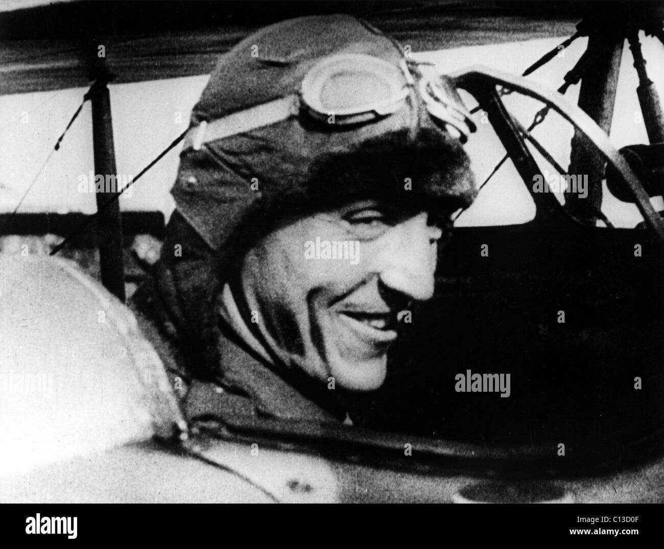 eddie rickenbacker Captain eddie rickenbacker consider it luck, skill, or just plain determination: captain eddie rickenbacker survived, by his own count, 135 brushes with death before finally succumbing at the respectable age of 82.