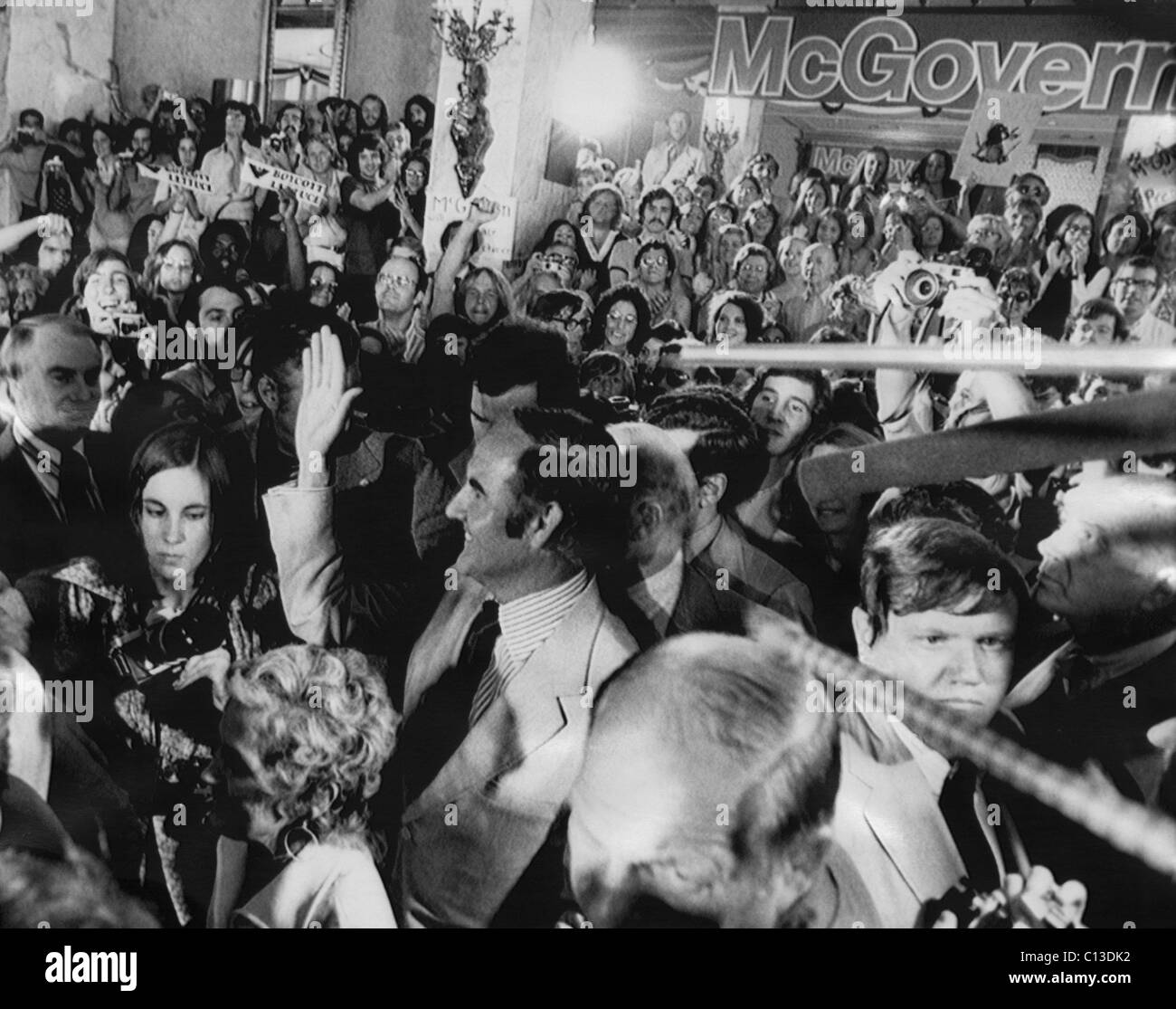 US Elections. Center, waving: George McGovern at the Democratic National Convention in Miami, Florida, July, 1972. - Stock Image