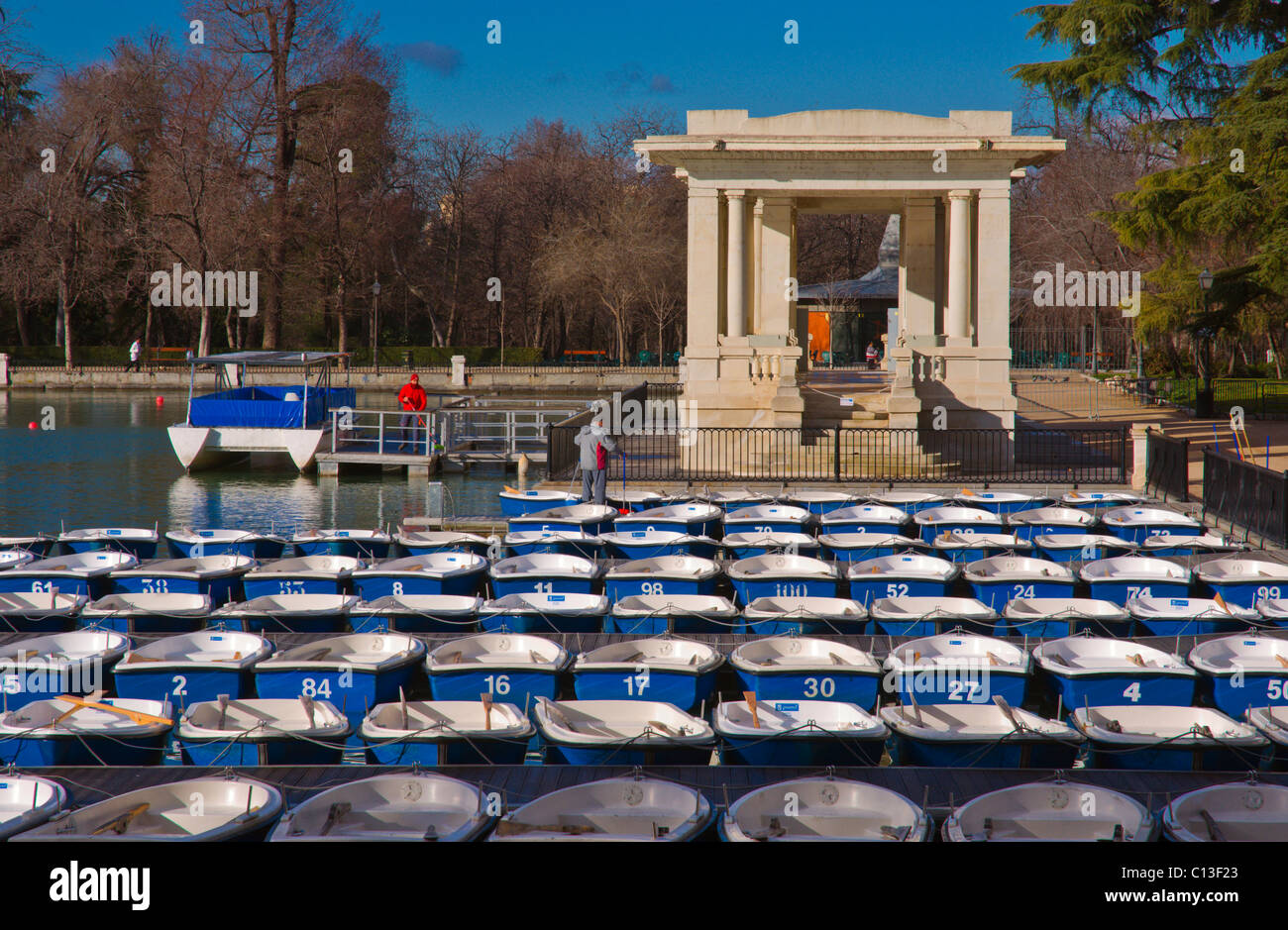 Rowing boats for rent in Estanque lake Parque del Retiro park central Madrid Spain Europe - Stock Image