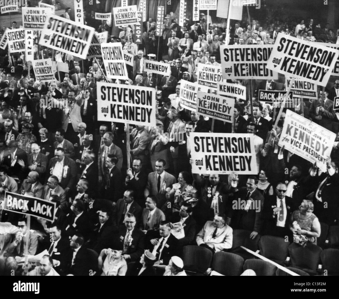 US Elections. Delegates hoist signs supporting US Senator (and future US President) John F. Kennedy as Vice Presidential - Stock Image