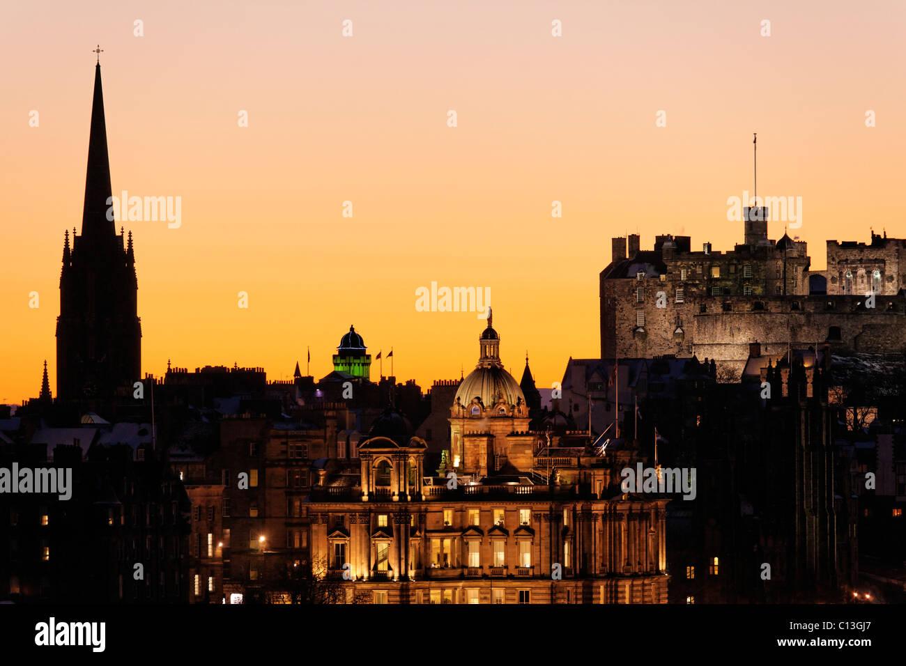 Edinburgh Castle and the Bank of Scotland HQ, Edinburgh, Scotland, UK. -