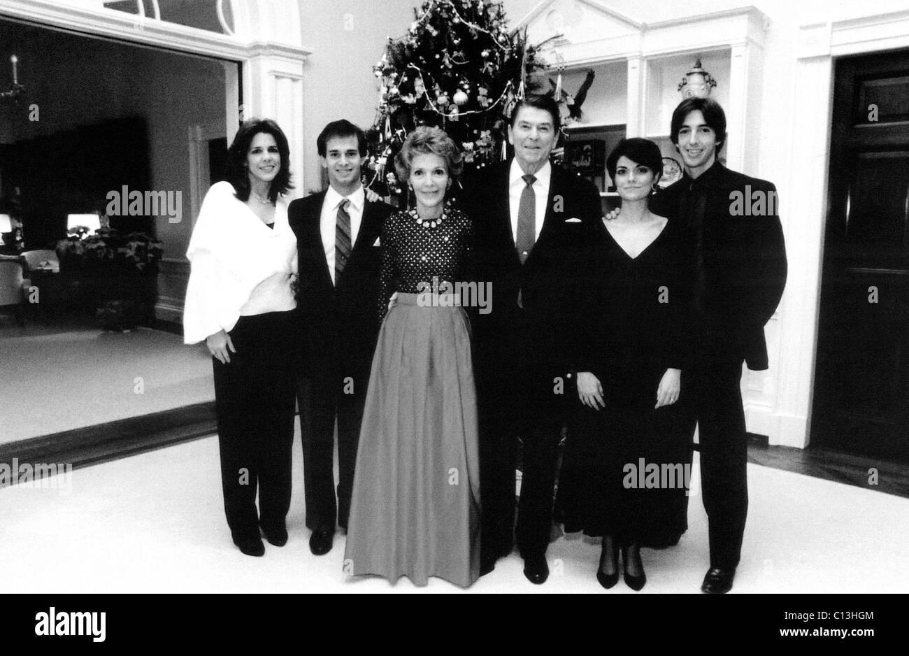 1980/'s White House Photo of President Ronald Reagan