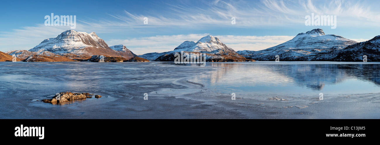 Cul Mor (L), Cul Beag and Stac Pollaidh (R) reflected in Loch Sionascaig, Inverpolly, Ross and Cromarty, Highland, - Stock Image